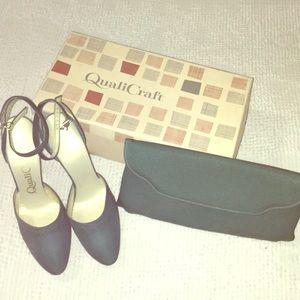 VTG heels & clutch✨